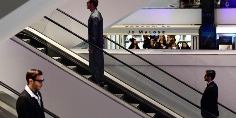 Vent d'ouverture sur la mode à Milan: D&G s'encanaille dans un grand magasin