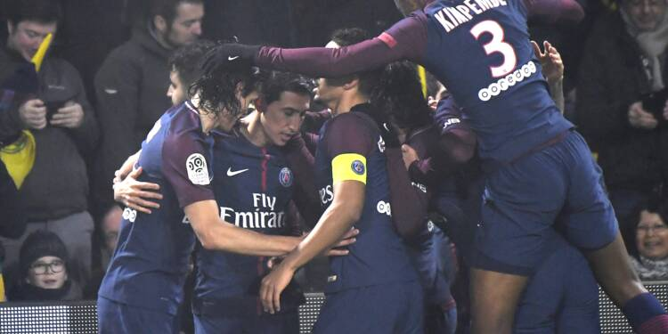 Ligue 1: petite victoire et gros gain pour Paris, Lyon déçoit