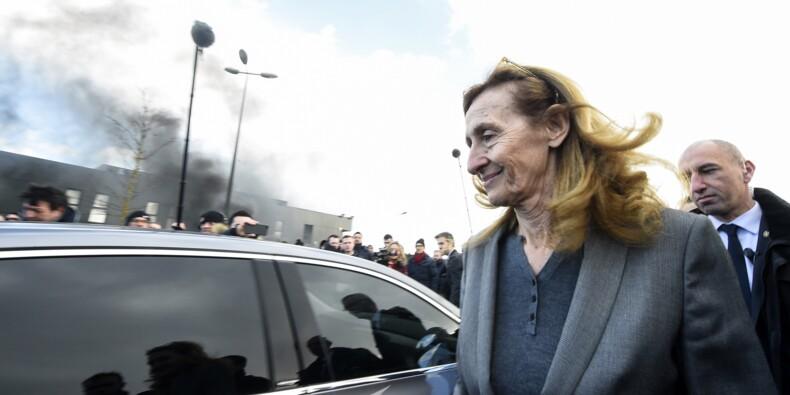 Vendin-le-Vieil: Belloubet tente d'apaiser la colère des gardiens de prison