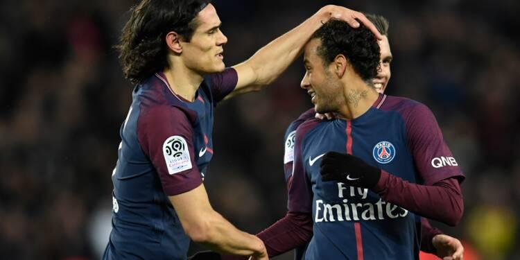 Ligue 1: le PSG écrase Dijon 8-0, avec un quadruplé de Neymar et un record pour Cavani