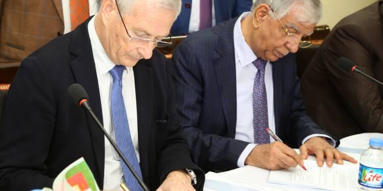 Pétrole: l'Irak signe avec BP pour développer les champs de Kirkouk
