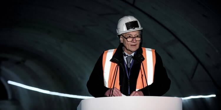 """NDDL: l'Etat va poursuivre des """"discussions"""" avec Vinci"""