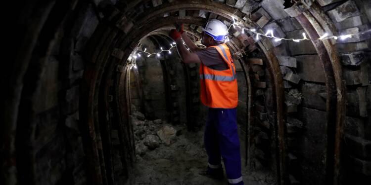Le gouvernement attendu sur le nouveau calendrier du métro du Grand Paris