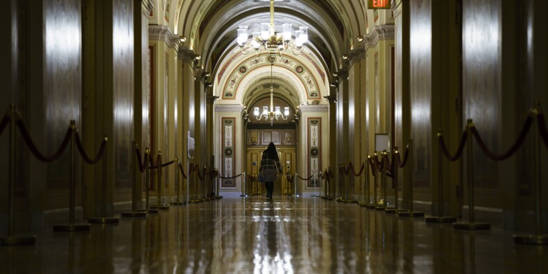 """Les démocrates acceptent un compromis pour mettre fin au """"shutdown"""""""