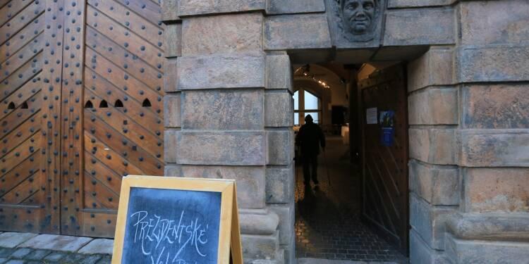 Un pro-russe ou un pro-européen: les Tchèques choisissent leur président