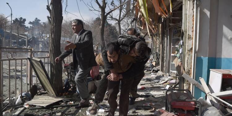 Massacre à l'ambulance piégée à Kaboul: 95 morts et 158 blessés