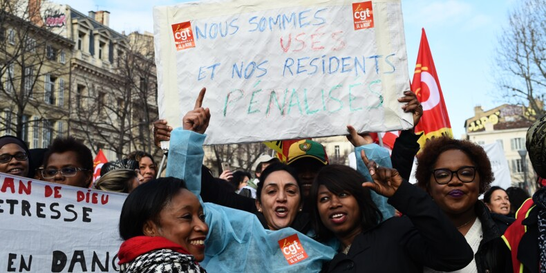 Plusieurs milliers de personnes rassemblées en France pour les Ehpad