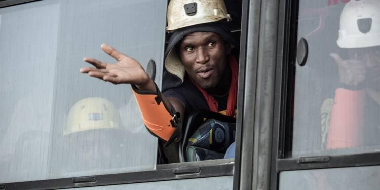 Afrique du Sud: un millier de mineurs secourus après 30 heures sous terre