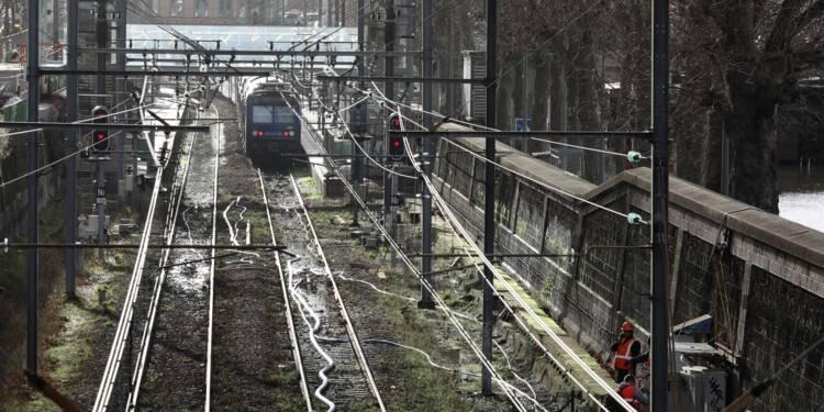 Crue: le RER C dans Paris restera fermé jusqu'au 10 février au moins
