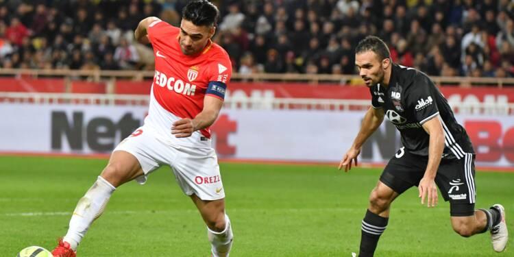 Ligue 1: Monaco renverse Lyon et grimpe sur le podium