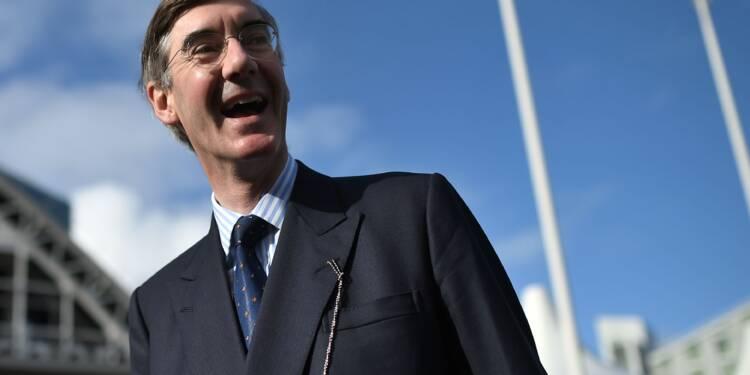"""Brexit : l'UE prévoit des sanctions en cas de """"jeu déloyal"""" britannique, colère à Londres"""