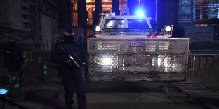"""Les victimes raillent l'""""opportunisme"""" d'Abdeslam, absent à son procès"""