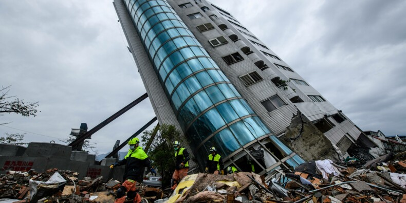 Taïwan: les recherches se poursuivent après le séisme qui a fait 10 morts