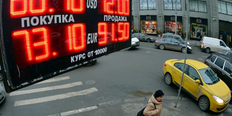 """Russie: la banque centrale abaisse son taux, s'inquiète de l'""""incertitude"""" sur les marchés"""