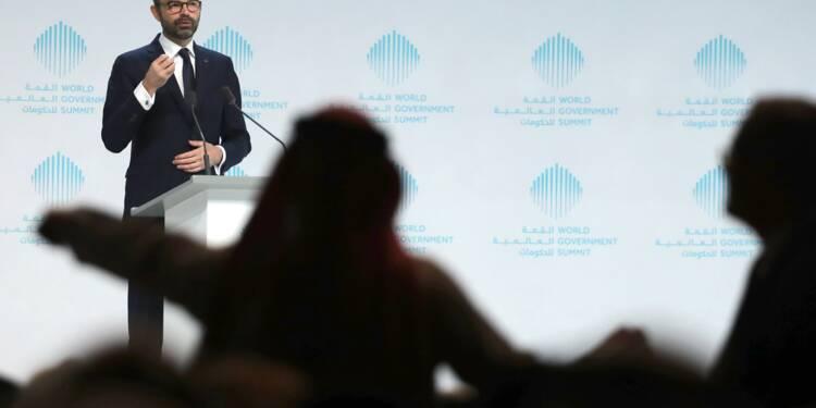 """A Dubaï, la France courtise les investisseurs en vantant sa """"transformation"""""""
