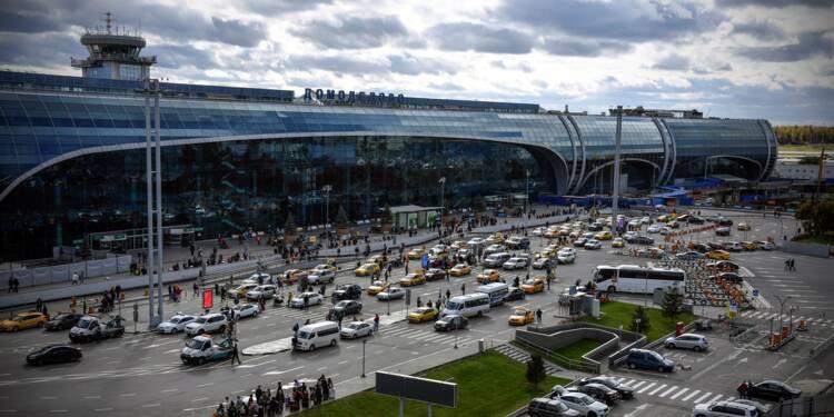 Un avion russe s'écrase près de Moscou avec 71 personnes à bord