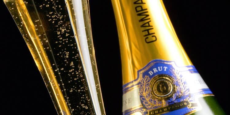 """Champagne: derrière les ventes record, les vignerons contraints de repenser leur """"modèle économique"""""""