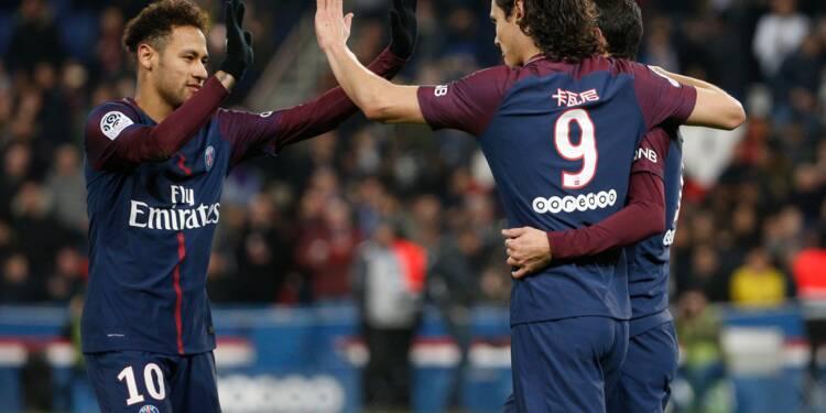 Ligue 1: Paris se rassure, Saint-Etienne se donne de l'air