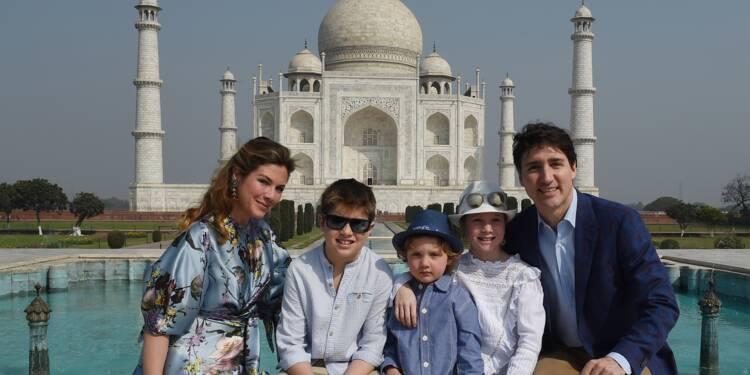 Trudeau entame une visite en Inde par le Taj Mahal