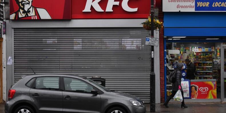 Royaume-Uni: des centaines de restaurants KFC fermés faute de poulets