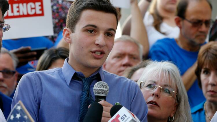 Le mouvement des lycéens de Parkland accroît la pression sur Trump