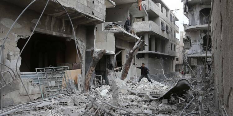 Un fief rebelle en Syrie sous les bombes du régime avant un vote à l'ONU