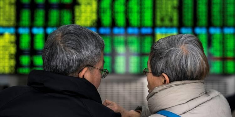 """En Chine, les boursicoteurs parient sur """"l'empereur"""" Xi Jinping"""