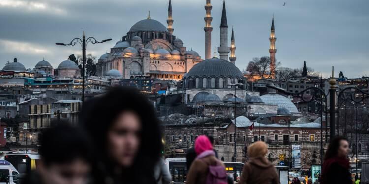 Turquie: vives polémiques liées à l'offensive en Syrie