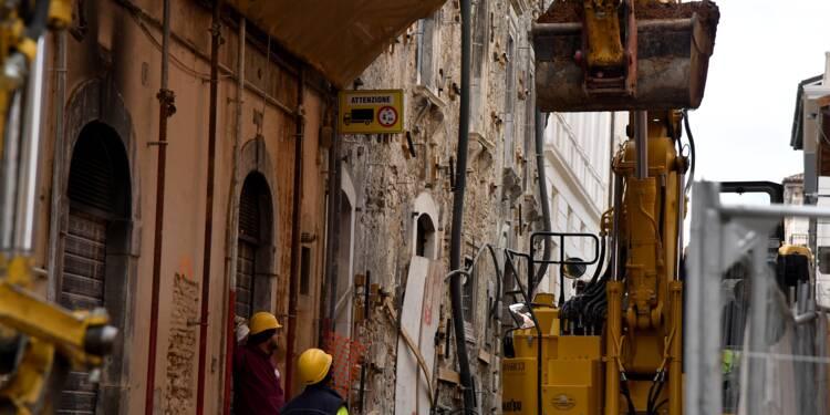 Italie: 9 ans après le séisme de L'Aquila, un toit mais pas encore la vie