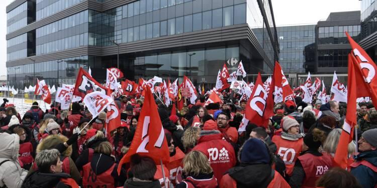 Grève chez Carrefour: des magasins fermés en vue pour le week-end de Pâques