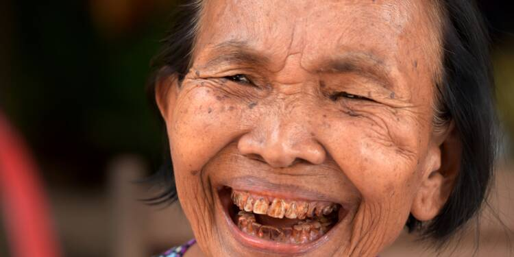 La paisible vie d'une ancienne cadre khmer rouge convertie au christianisme