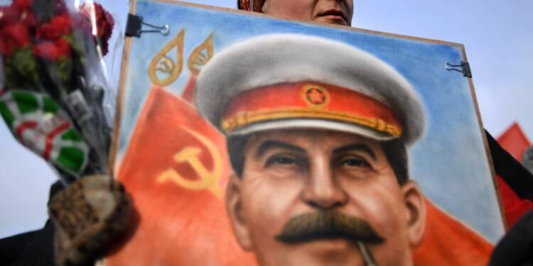 La réhabilitation de Staline avance en Russie
