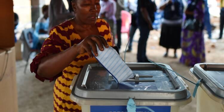 Sierra Leone: affluence aux élections présidentielle et législatives