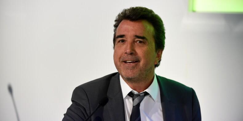 Lagardère maintient le suspense sur ses projets de cessions