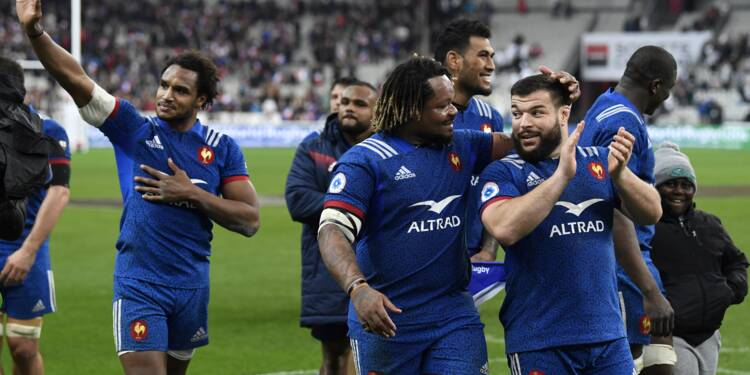 Tournoi: le XV de France fait chuter l'ogre anglais à l'issue d'un final à suspense
