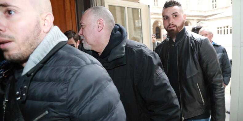 """""""Chemise arrachée"""": ouverture du procès en appel avant une grève à Air France"""