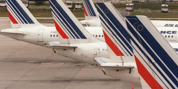 Air France: la direction tente de désamorcer la grève du 23 mars