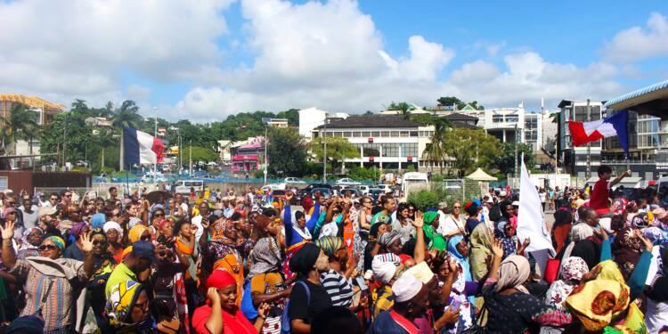 Mayotte: la levée des barrages soumise à l'approbation de la population