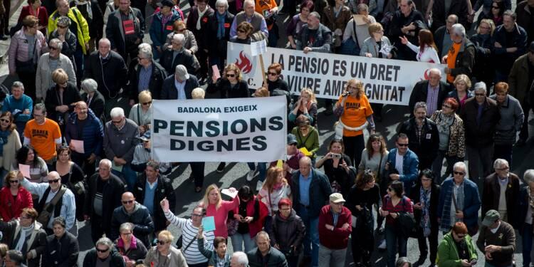 Les Espagnols manifestent pour défendre leurs retraites