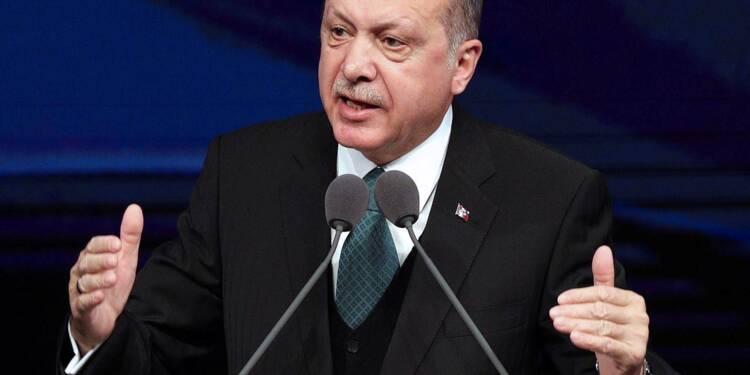 """Syrie: Erdogan affirme que le centre-ville d'Afrine est """"totalement"""" sous contrôle"""