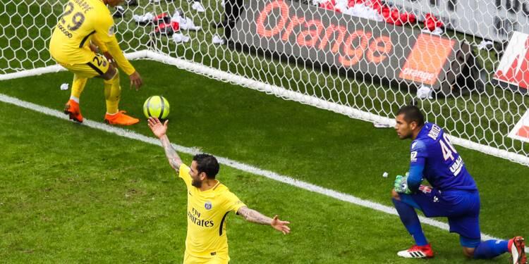 Ligue 1: Nice s'échine, Paris s'illumine et gagne