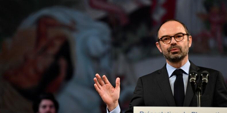 """Nouveau plan antiraciste, qui se veut """"plus efficace"""" contre la cyberhaine"""