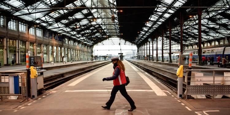 Début de la grève SNCF lundi soir, fortes perturbations mardi