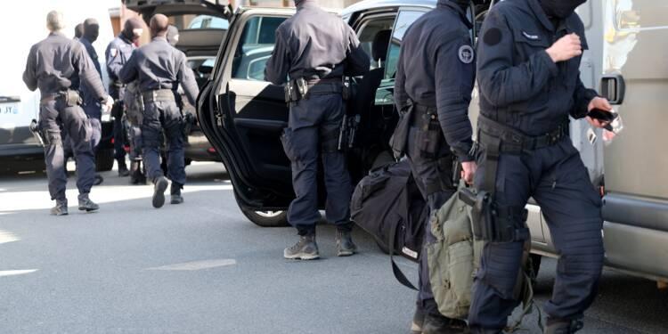 """Attaques dans l'Aude: le gendarme """"héros"""" succombe à ses blessures"""