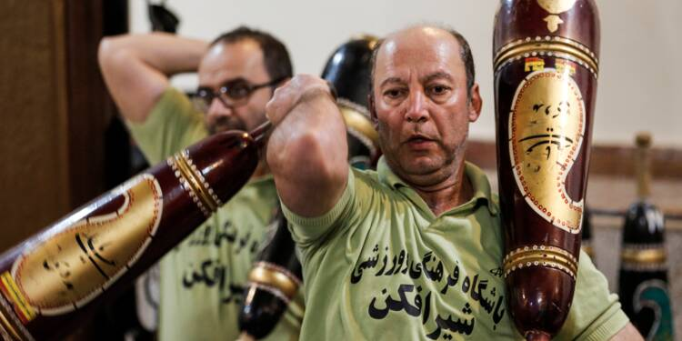 """En Iran, les """"maisons de force"""" font de la résistance"""