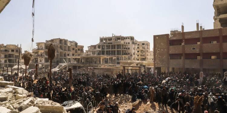 Ghouta: le régime syrien attend la victoire après des évacuations massives
