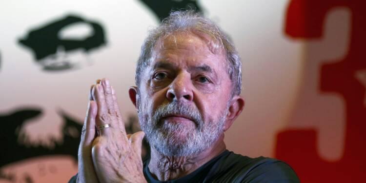 Un juge brésilien ordonne l'incarcération de Lula