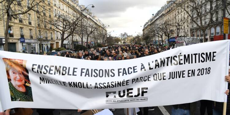 """Des milliers de personnes à Paris pour la """"marche blanche"""" contre l'antisémitisme"""