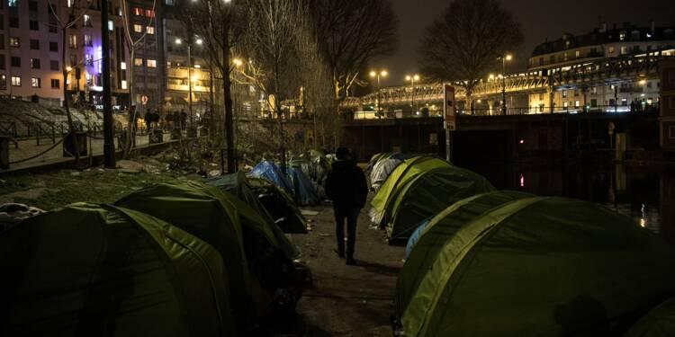 A Paris, un nouveau campement de migrants grossit dans l'indifférence