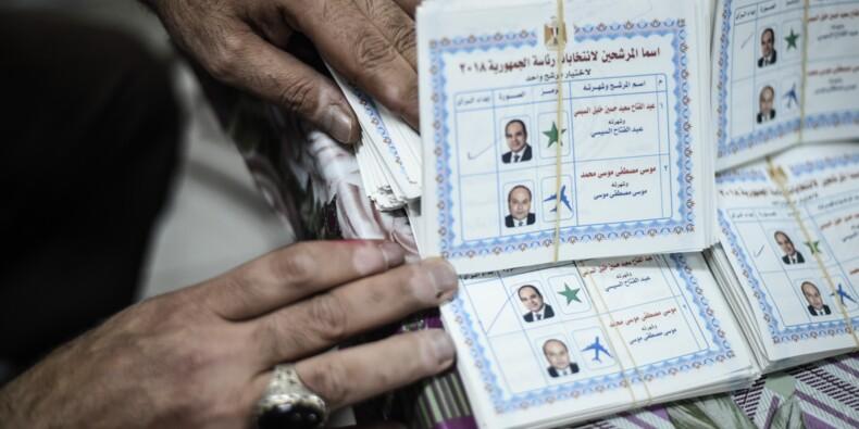Égypte: Sissi assuré d'être réélu, la participation seul enjeu